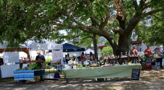 Manteo Farmer's Market - I purchased a small jar of 'Summer Crush'- a orange, carrot, and ginger marmalade.